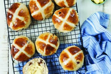 an image of hot cross buns